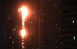 Cận cảnh đám cháy tại tòa nhà chung cư cao nhất thế giới