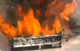 Mỹ: Cháy xe bồn chứa xăng tại Los Angeles