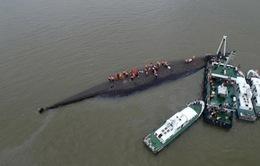 Hơn 400 người vẫn mất tích trong tai nạn chìm tàu tại Trung Quốc