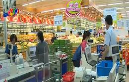 TP.HCM: Chợ và siêu thị rộn ràng ngày đầu năm