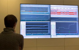 Thị trường chứng khoán Nga giảm điểm mạnh