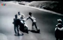 Lâm Đồng: Bắt nhóm côn đồ gây rối trật tự tại bệnh viện
