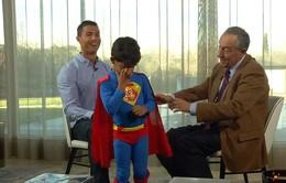 Con trai Ronaldo làm gián đoạn cuộc phỏng vấn của bố