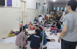 Hàng trăm công nhân nhập viện sau bữa ăn trưa tại Bình Dương