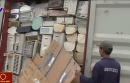 Phát hiện hơn 200 container chứa hàng cấm tại TP.HCM