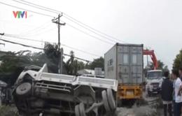 Hiện trường vụ xe container gây tai nạn liên hoàn ở TP.HCM