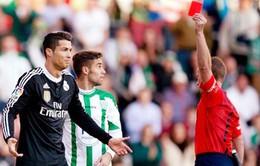 """""""Ronaldo hành động quá kiêu ngạo và xấu xí"""""""