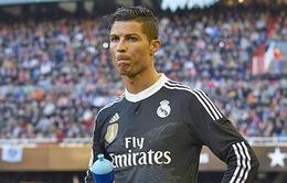 Ancelotti giải thích vì sao Ronaldo phải ngồi dự bị