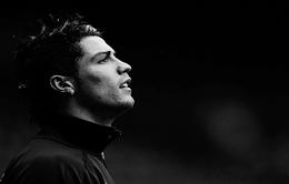 Cristiano Ronaldo dành 1/2 thời gian trên giường ngủ