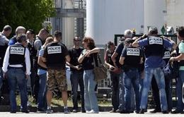 Pháp bắt giữ đối tượng tình nghi khủng bố