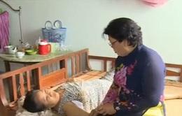 Người phụ nữ neo đơn chống chọi với bệnh ung thư