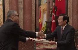 Chủ tịch nước tiếp 5 Đại sứ đến trình quốc thư