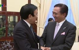 Chủ tịch nước tiếp thân mật Thống đốc tỉnh Kanagawa, Nhật Bản