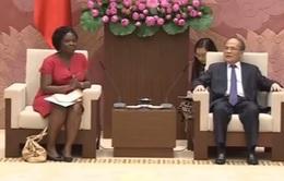 Chủ tịch Quốc hội tiếp Giám đốc Ngân hàng thế giới tại Việt Nam