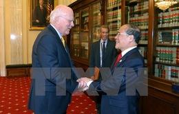 Chủ tịch Quốc hội gặp lãnh đạo Thượng viện Hoa Kỳ