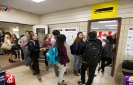 Cử tri Canada bắt đầu đi bỏ phiếu sớm