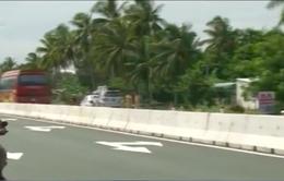 Quốc lộ 1A đoạn qua tỉnh Hậu Giang: Nhiều dải phân cách bất hợp lý