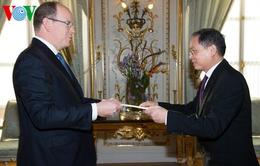 Đại sứ Nguyễn Ngọc Sơn trình quốc thư tại Monaco