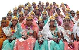 Ấn Độ: 15.000 cặp đôi tổ chức đám cưới tập thể