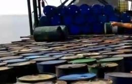 Bắt tàu vận chuyển 50.000 lít dầu trái phép