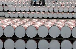 Lần đầu tiên trong năm 2015, giá dầu thô Mỹ vượt dầu Brent