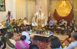 Thắm tình quan hệ Việt - Lào