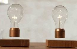 Thắp sáng bóng đèn không cần ổ điện