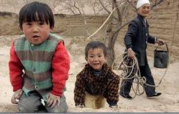 Trung Quốc: Hơn 70% trẻ em có bố mẹ bỏ quê di cư có dấu hiệu trầm cảm