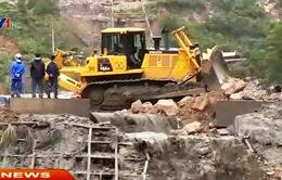 """Quảng Ninh: Hàng trăm tỷ đồng của các DN than """"trôi"""" theo mưa lũ"""
