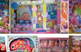 Tràn ngập đồ chơi trẻ em bắt mắt nhưng hại người
