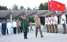 Đại tướng Đỗ Bá Tỵ hội kiến Chủ tịch Cuba