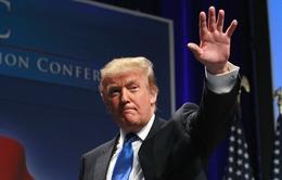 Hiện tượng Donald Trump trong cuộc đua vào Nhà Trắng