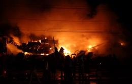 Đồng Nai: Cháy lớn thiêu rụi nhà xưởng 500m2