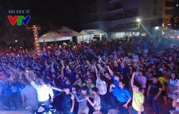 """Gần 4000 sinh viên tham dự Đêm nhạc hội """"Tự hào Sinh viên ĐHQGHN"""""""