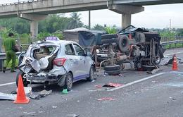 Tai nạn giao thông liên hoàn, hai người thiệt mạng