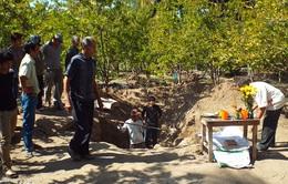 Phát hiện thêm 2 bộ hài cốt trong hố chôn tập thể ở Cam Ranh