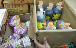 Hàng tấn thực phẩm nhập lậu từ Trung Quốc tràn về Việt Nam dịp Tết Trung thu