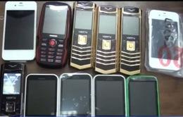 Buôn lậu điện thoại: Nhiều thủ đoạn mới