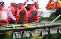 Việt kiều Đức tặng xuồng tuần tra cho lực lượng Hải quân