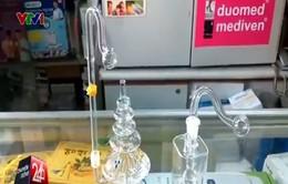Khó xử phạt cửa hàng y khoa bán dụng cụ hút ma túy đá