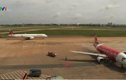 Sửa chữa đường băng bị sét đánh: Chưa xảy ra trễ chuyến bay