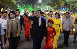 Chủ tịch nước dự lễ hội Đường hoa Tết tại TP.HCM