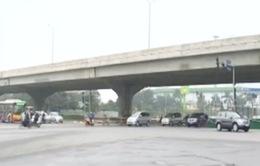 Đường phố, bến xe thông thoáng trong ngày 29 Tết