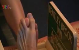 Độc lạ môn thể thao đấu vật ngón chân cái ở Anh