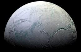 Tàu không gian Cassini nghiên cứu Mặt Trăng của sao Thổ