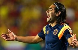 """Đội hình tiêu biểu loạt trận quốc tế: Gọi tên """"người thừa"""" Falcao"""