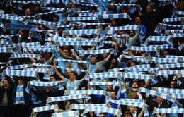 HLV Pellegrini 'chống lưng' cho CĐV Man City tiếp tục chế giễu UEFA