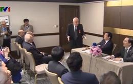Chủ tịch nước gặp các cựu chuyên gia Azerbaijan đã giúp đỡ Việt Nam