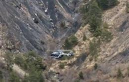 Chủ tịch hãng Lufthansa đến thăm khu vực máy bay Germanwings gặp nạn