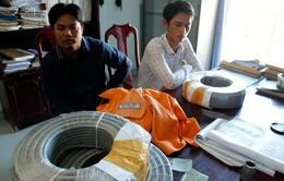 """Quảng Nam: Giả nhân viên điện lực lừa bán dây điện """"rởm"""""""